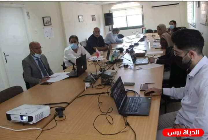 The refugee camp Improvement Programme Steering Committee examines the criteria for priority projects to be implemented in the camps